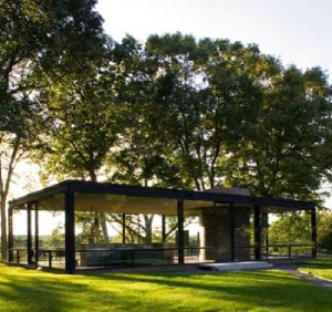 2 Philip Johnson Glass House